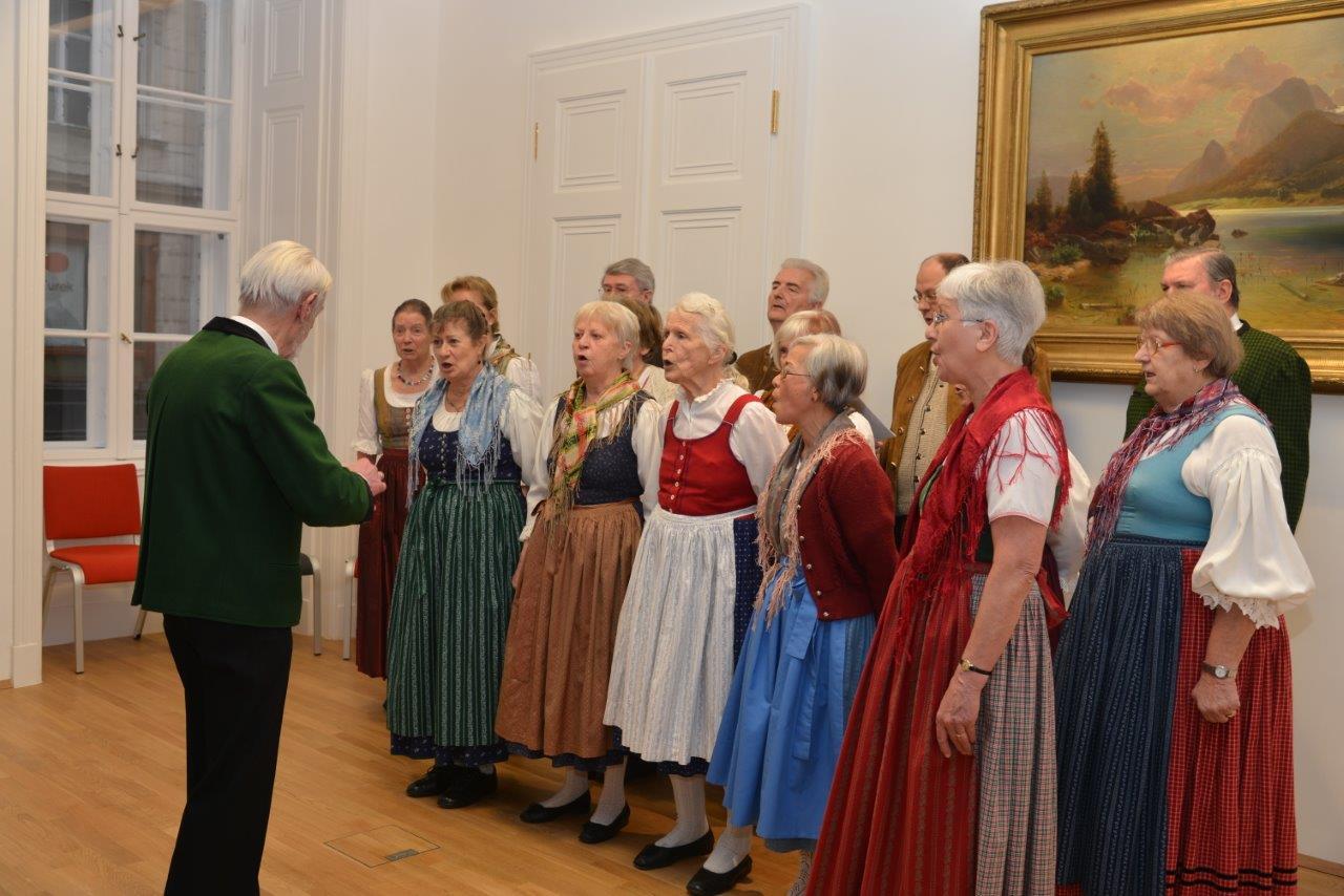 Unser Singkreis sucht Mitsängerinnen und Mitsänger!