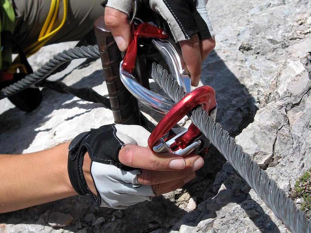 Klettersteigkurse für Einsteiger und Fortgeschrittene