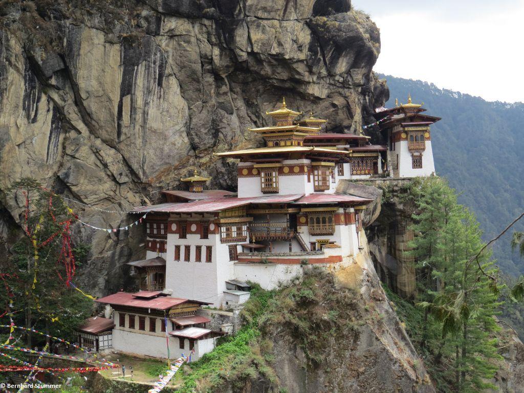 BHUTAN - Trekking, Kultur und Traditionen im letzten Shangri La