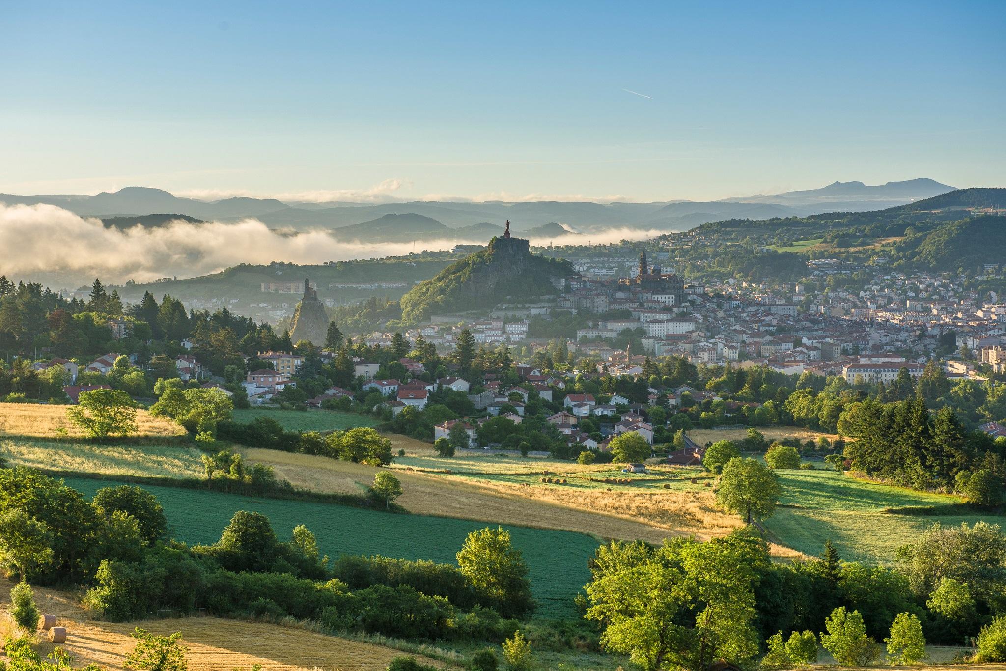 Frankreich: Natur, Kultur und Genuss in der Auvergne